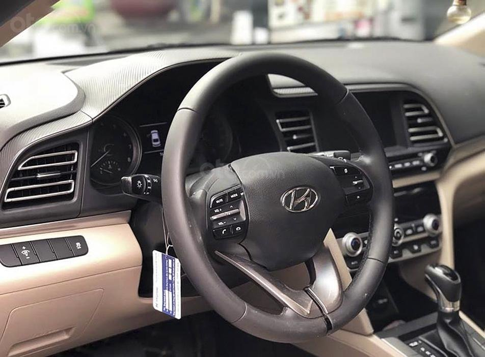 Bán Hyundai Elantra 1.6AT bản GLS năm 2020, màu trắng, 648 triệu (5)