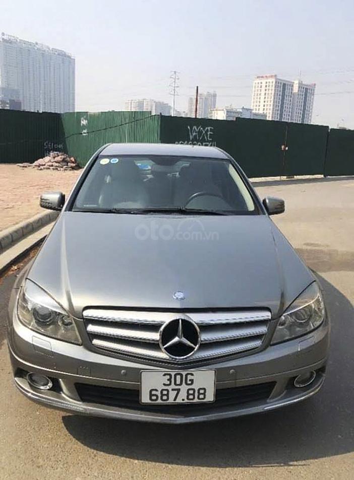 Cần bán gấp Mercedes C250 năm sản xuất 2009, màu xám, giá chỉ 430 triệu (1)
