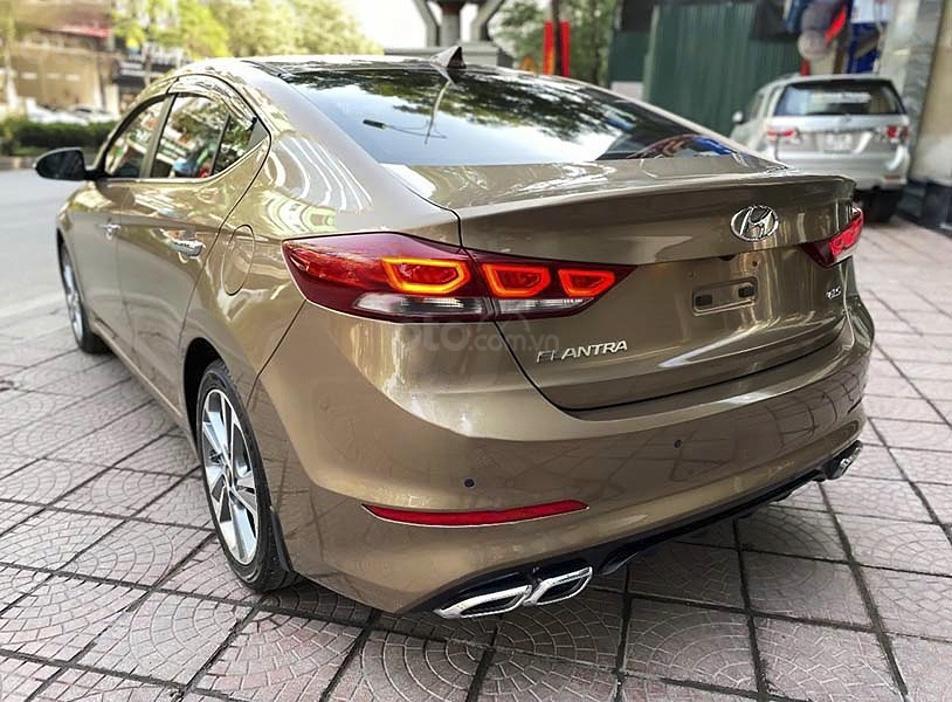 Cần bán xe Hyundai Elantra sản xuất năm 2018, màu nâu  (5)
