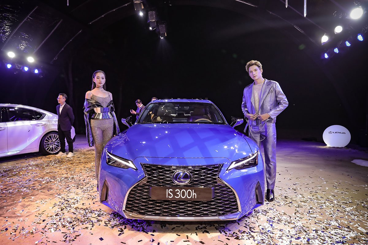 Lexus IS 2021 ra mắt thị trường Việt 1