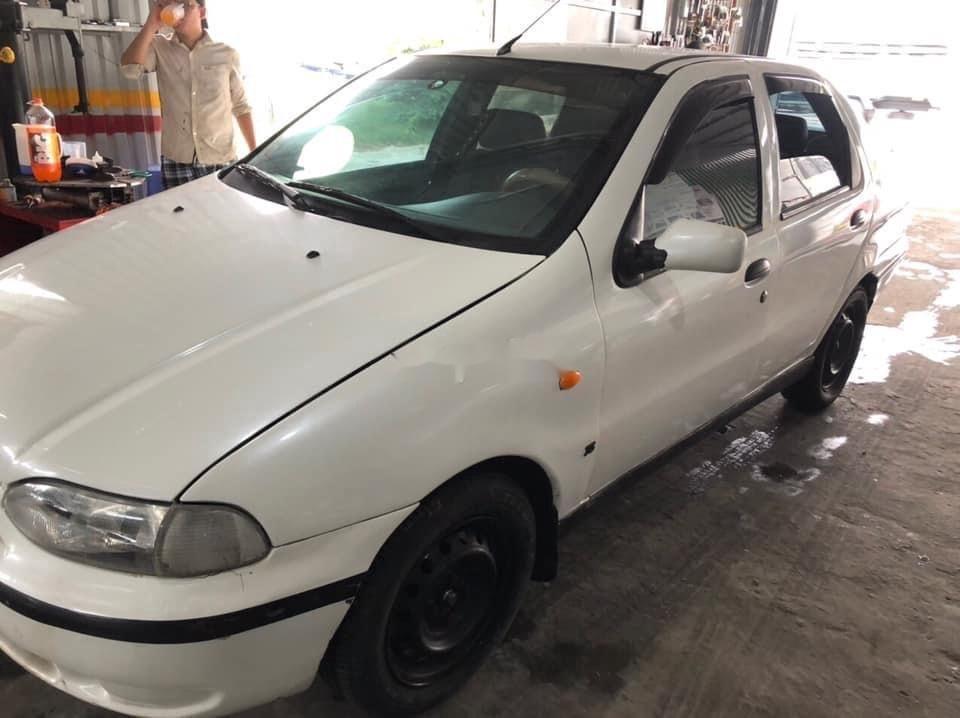Cần bán lại xe Fiat Siena năm sản xuất 2003, màu trắng  (3)