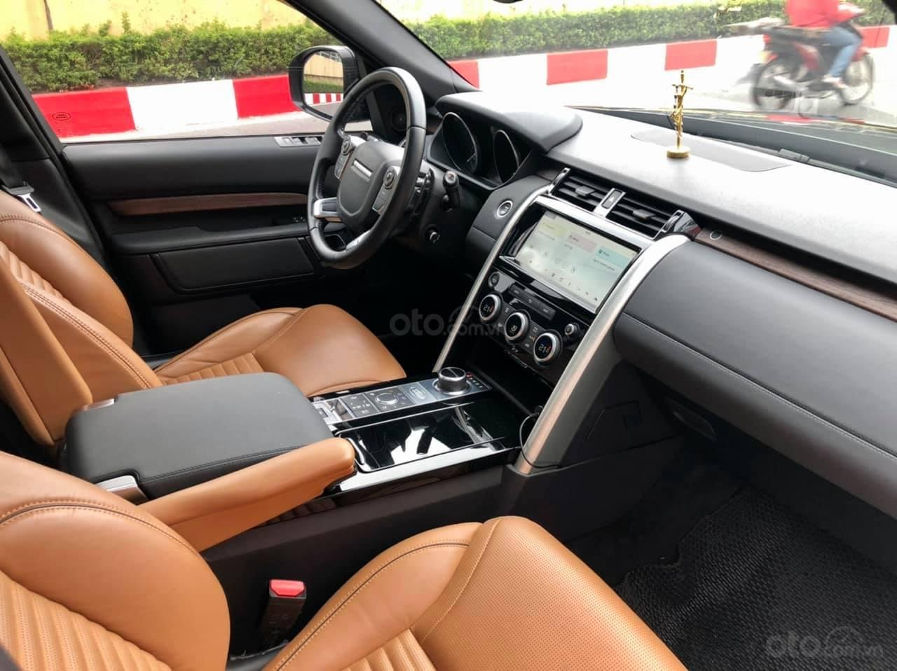 Bán LandRover Discovery HSE Luxury 3.0L model 2018, đẹp như mới (9)