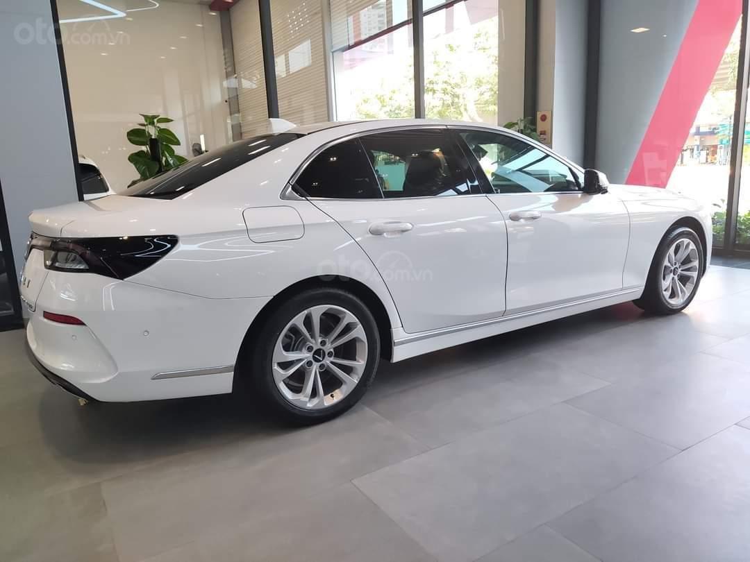 Vinfast Lux A ưu đãi hơn 300tr, sẵn xe giao ngay, hỗ trợ 100% thuế trước bạ, vay tối đa 90% (8)