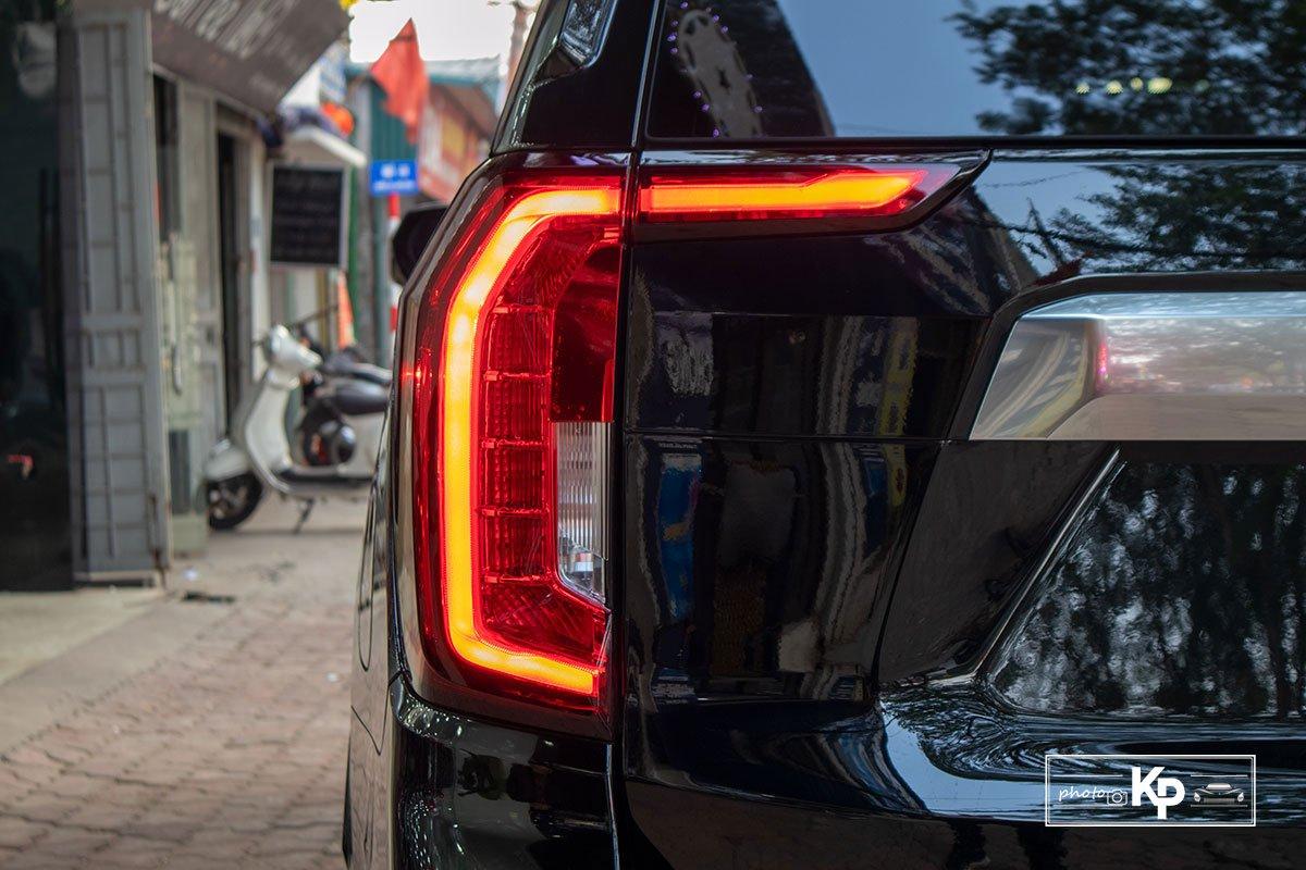 Ảnh Đèn hậu xe GMC Yukon 2021