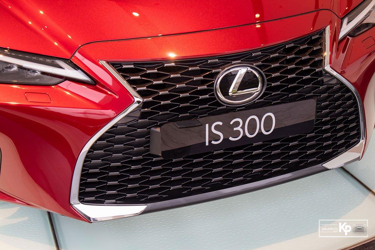 Ảnh Lưới tản nhiệt xe Lexus IS 300 2021