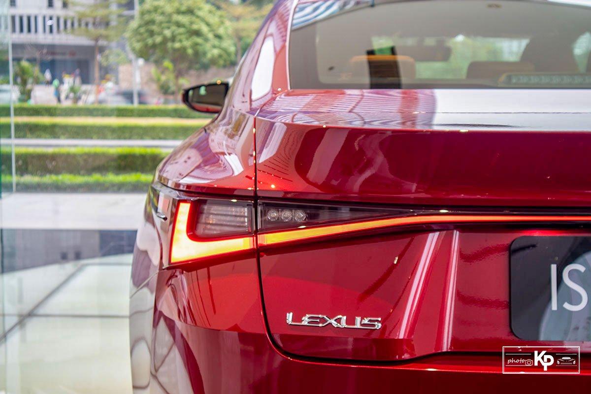 Ảnh Đèn hậu xe Lexus IS 300 2021