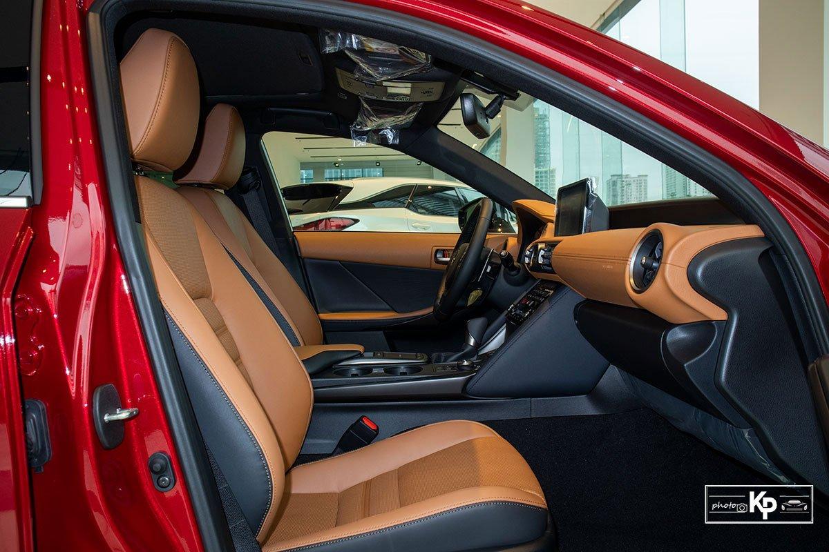 Ảnh Ghế phụ xe Lexus IS 300 2021 a1