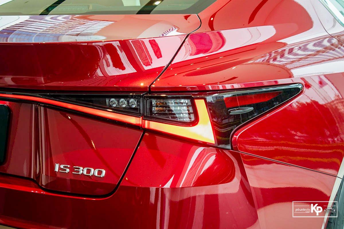 Ảnh Đèn hậu xe Lexus IS 300 2021 a1