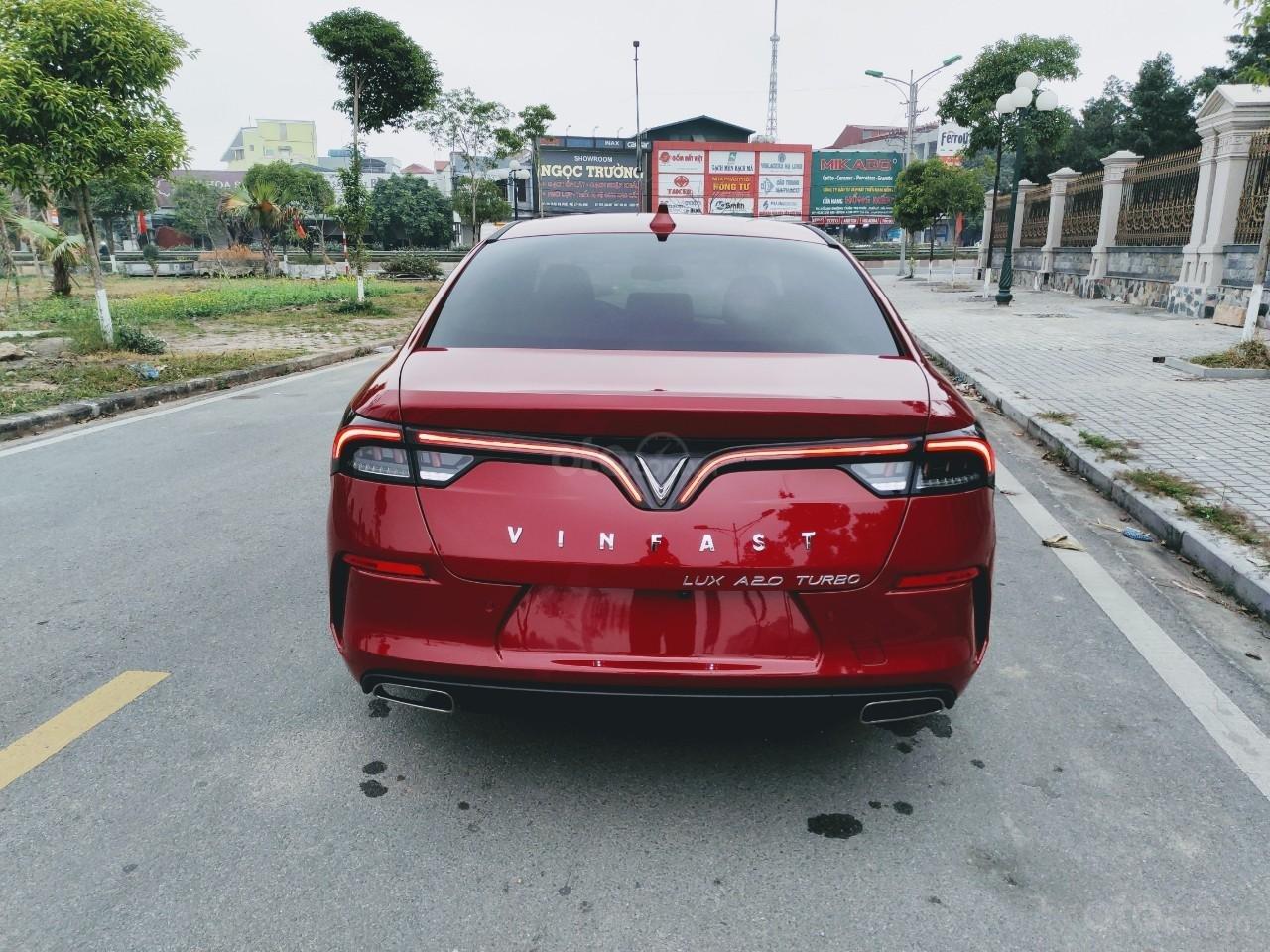 VinFast Lux A 2.0 2021 ưu đãi trên 300tr, hỗ trợ vay 90%, đủ màu, xe sẵn giao ngay, thuế 0đ (5)