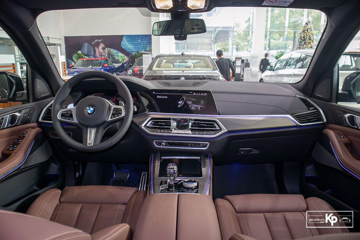 Ảnh Khoang lái xe BMW X5 M-Sport 2021
