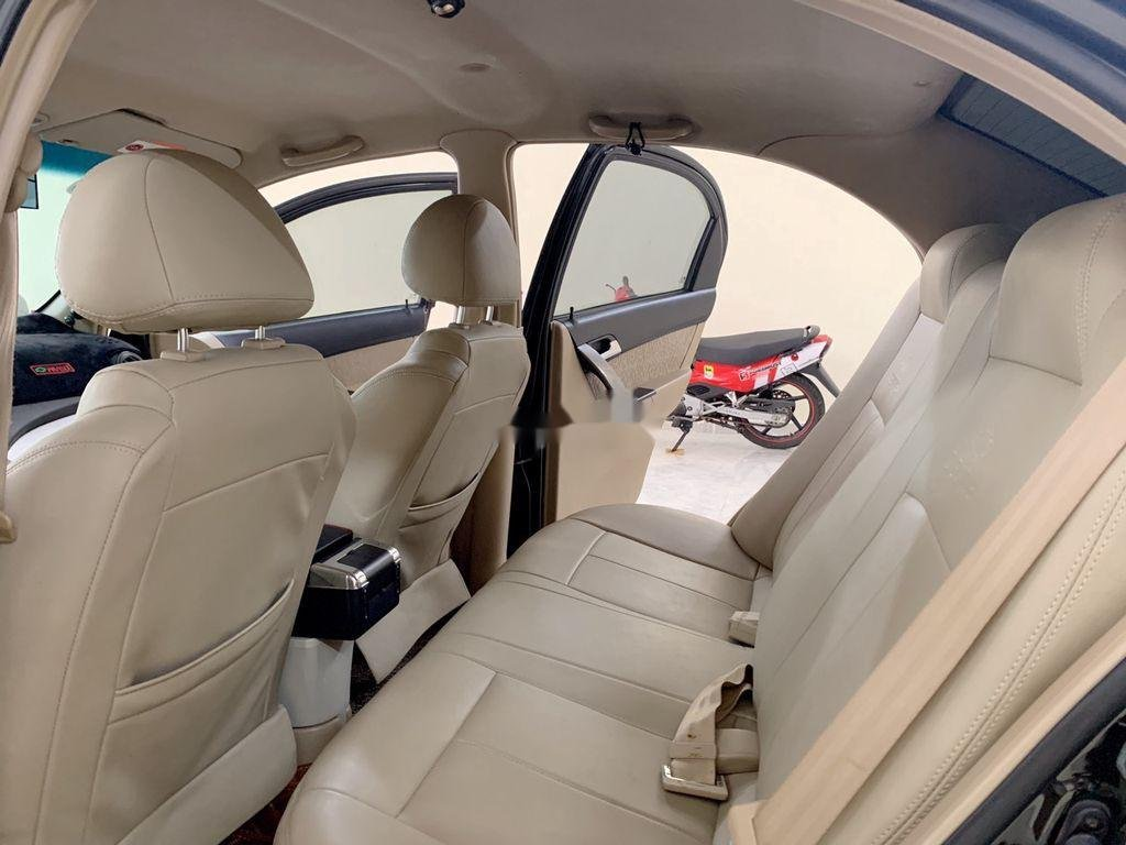 Bán ô tô Chevrolet Aveo năm sản xuất 2013 xe gia đình (8)