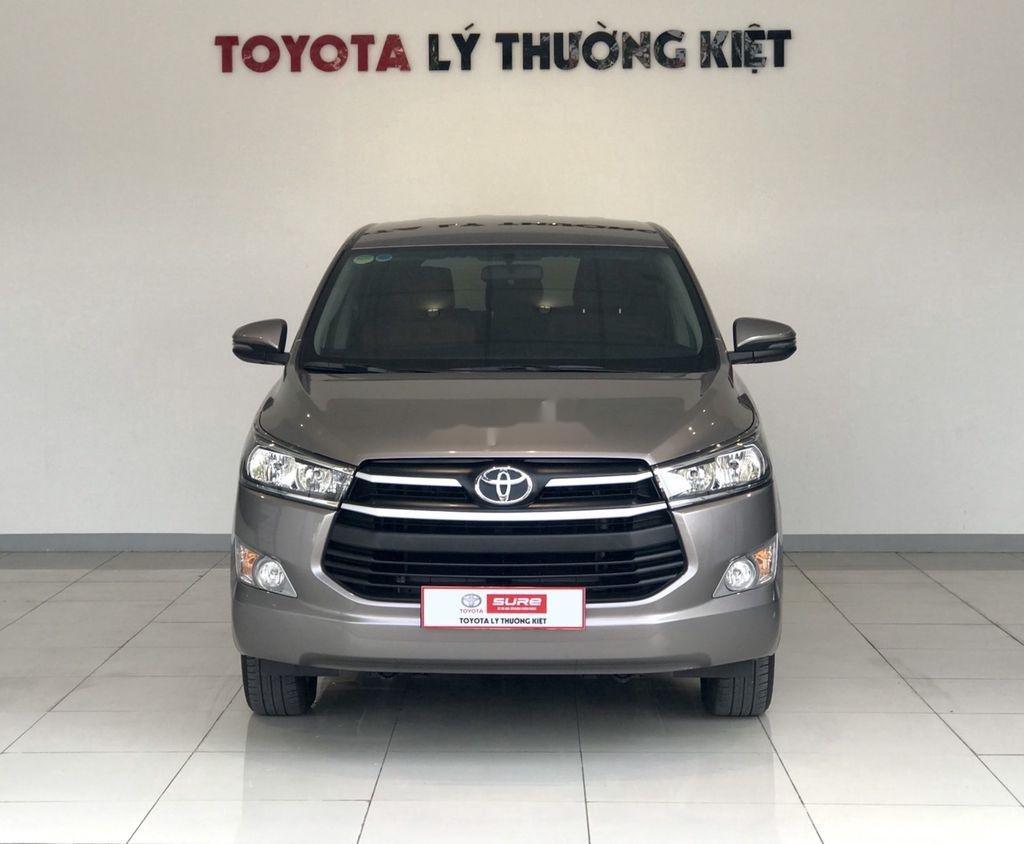 Bán Toyota Innova sản xuất 2019 như mới (1)