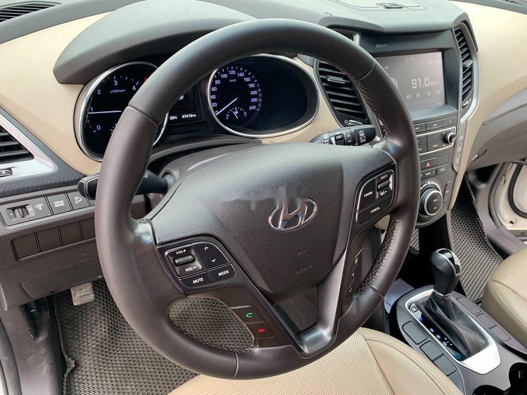 Bán ô tô Hyundai Santa Fe năm sản xuất 2018 còn mới, giá 899tr (9)