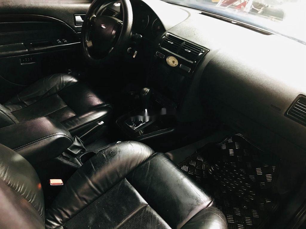 Cần bán Ford Mondeo 2005, màu đen, giá 189tr (7)