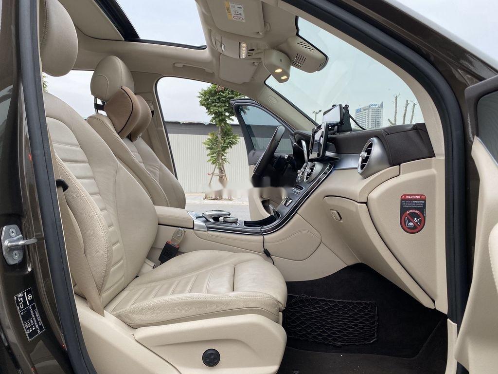 Bán Mercedes GLC300 4Matic sản xuất 2017 (10)