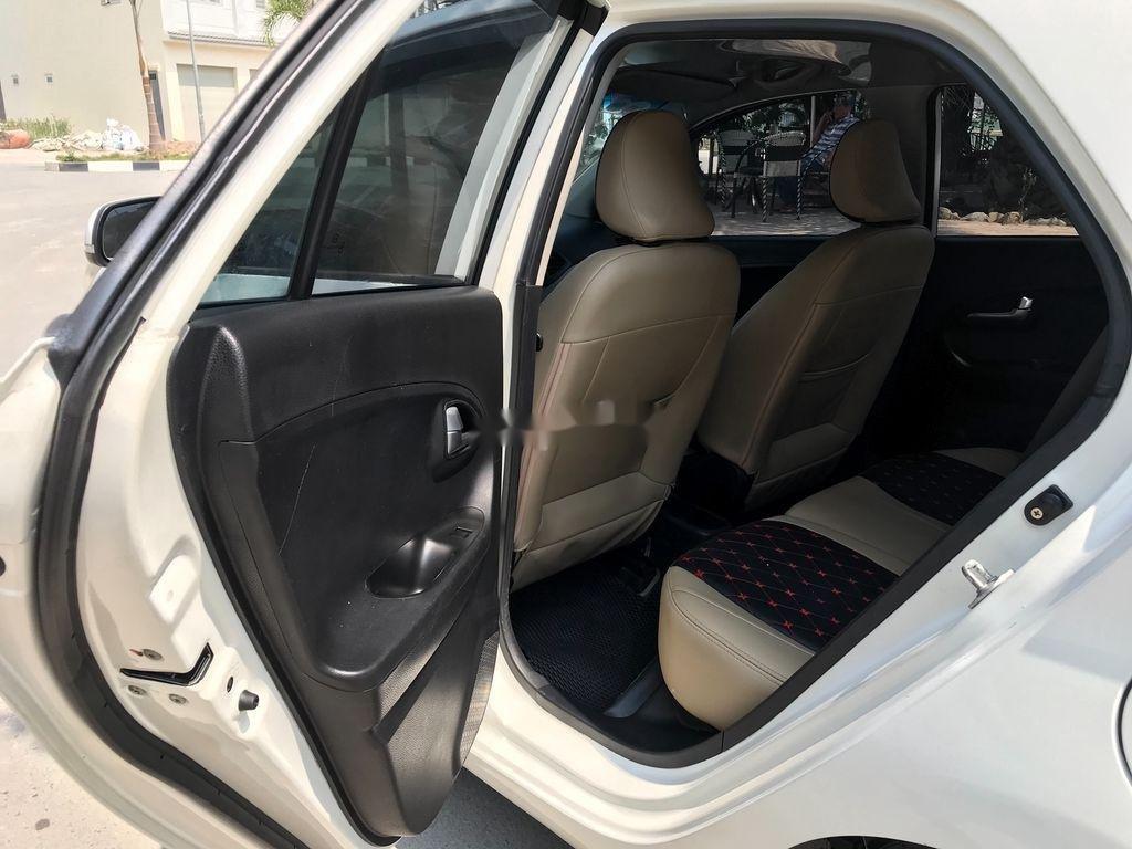 Cần bán gấp Kia Morning sản xuất 2013, màu trắng, giá chỉ 275 triệu (6)