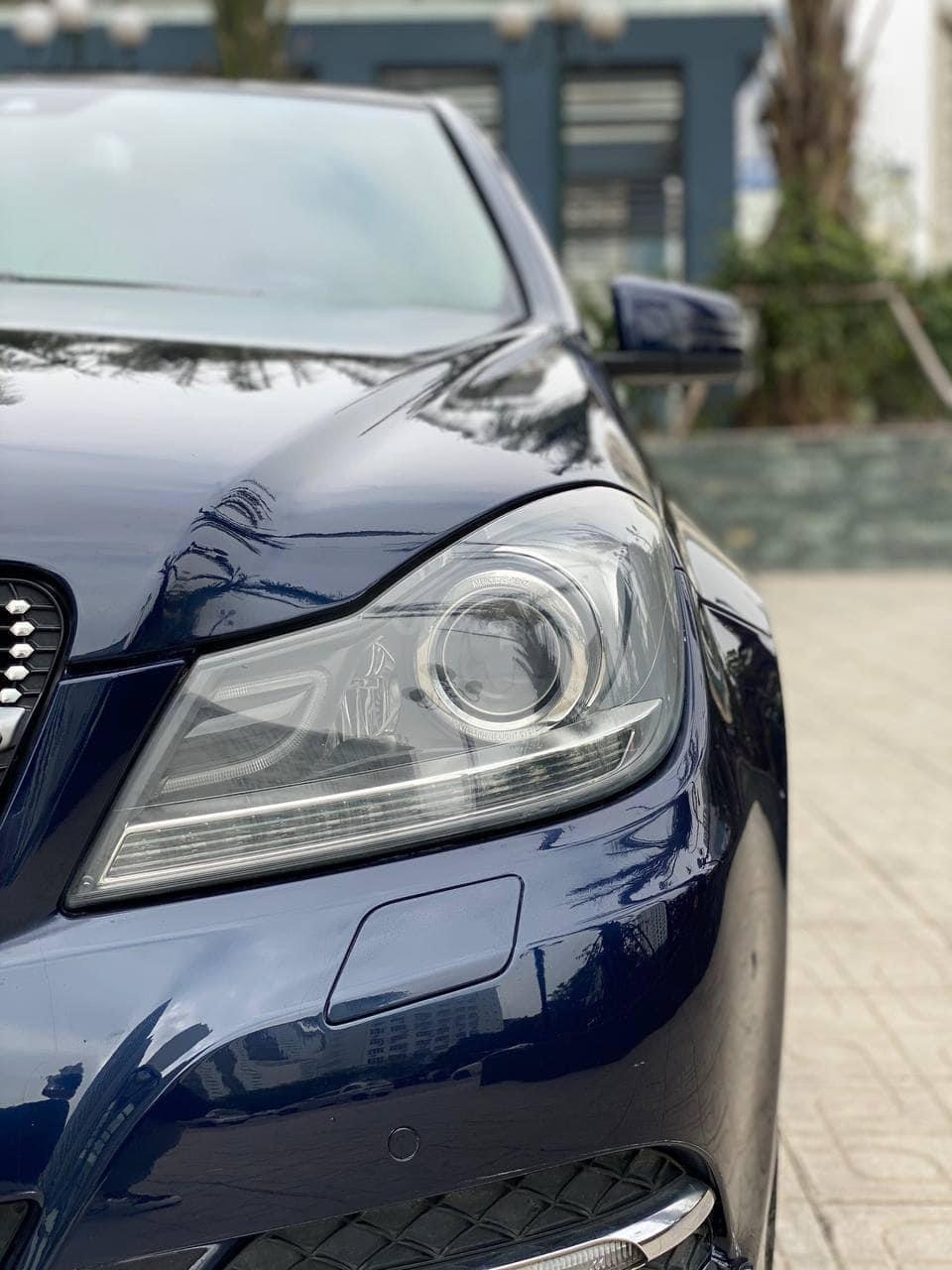 Cần bán lại xe Mercdes C200 sản xuất 2013 (10)