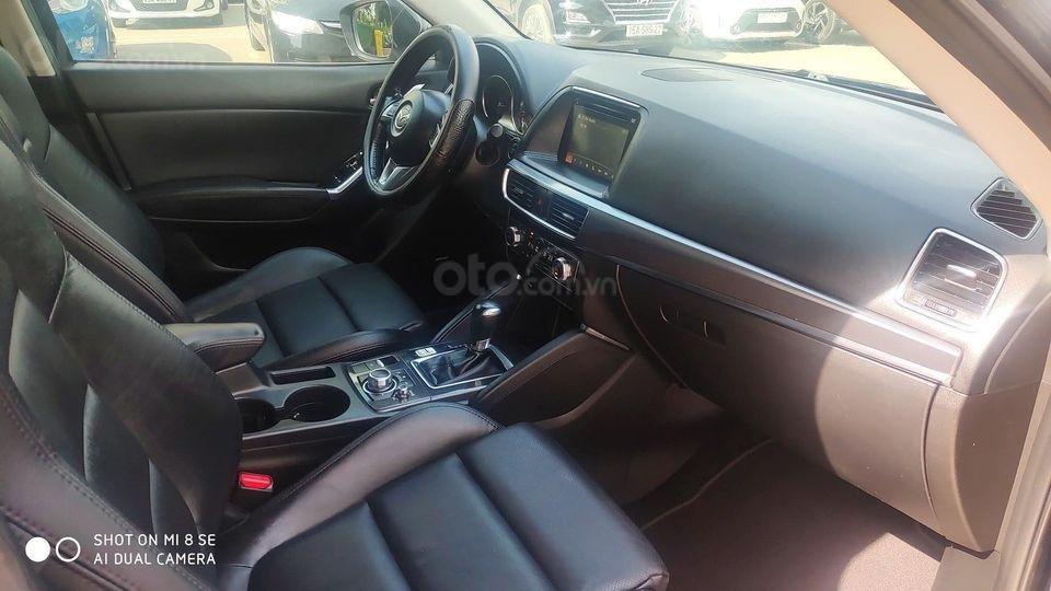 Xe Mazda CX 5 2.5 AT sản xuất 2016, màu đen, chính chủ giá tốt (4)