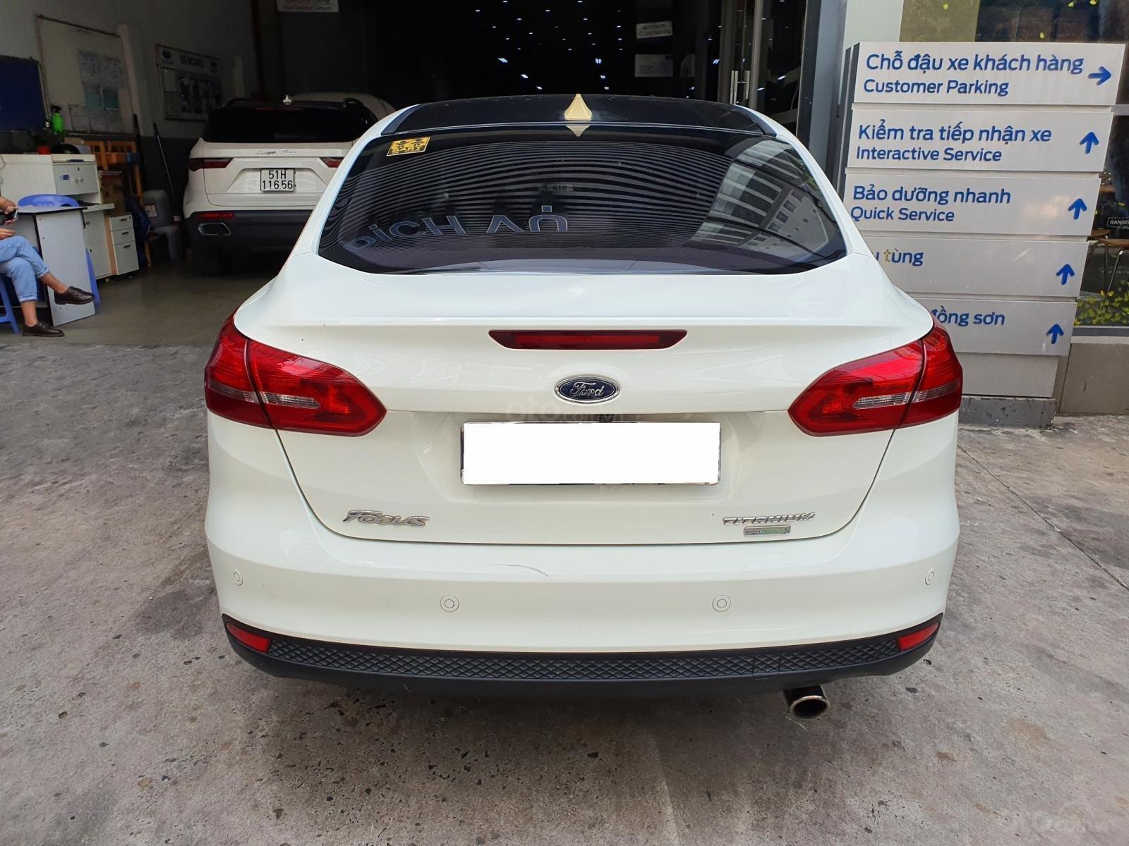 Ford Focus Titanium 2015 trắng xe đẹp giá hợp lý (11)