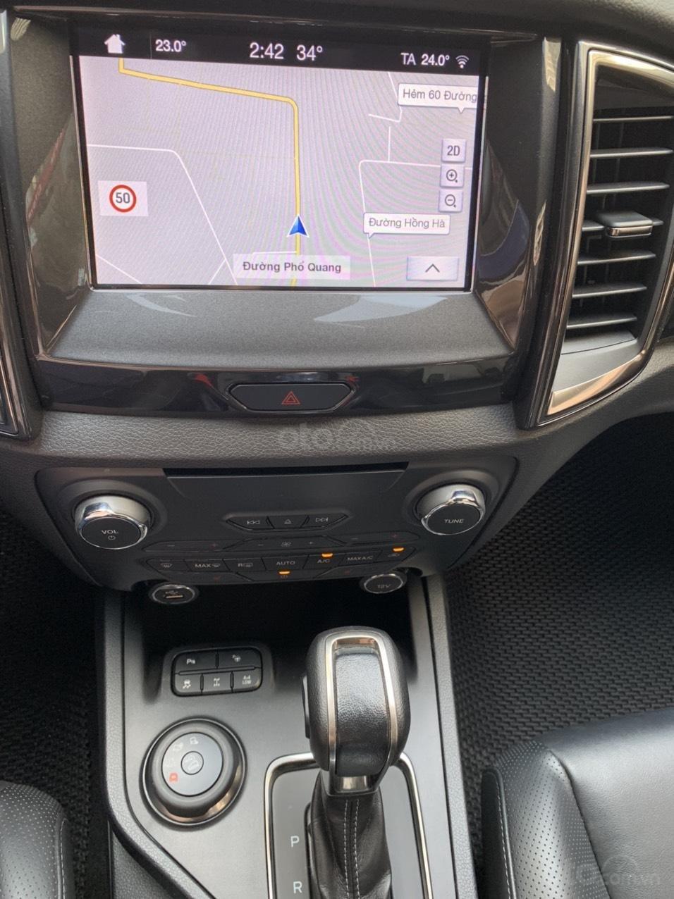 Ford Everest Titanium Biturbo 2019 trắng, xe đẹp cho mọi người (7)