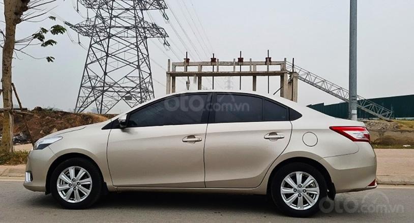 Xe Toyota Vios sản xuất 2016, màu vàng cát (4)