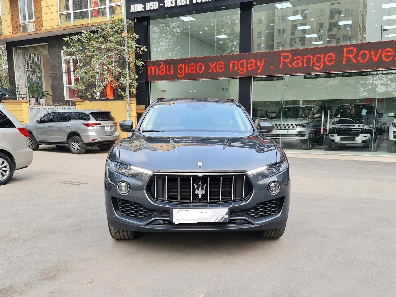 Bán xe Maserati Levante sản xuất năm 2017 (1)