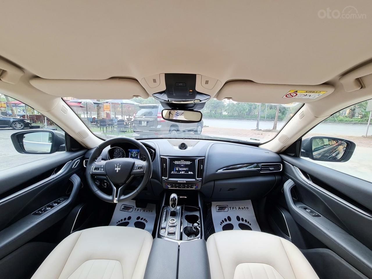 Bán xe Maserati Levante sản xuất năm 2017 (5)