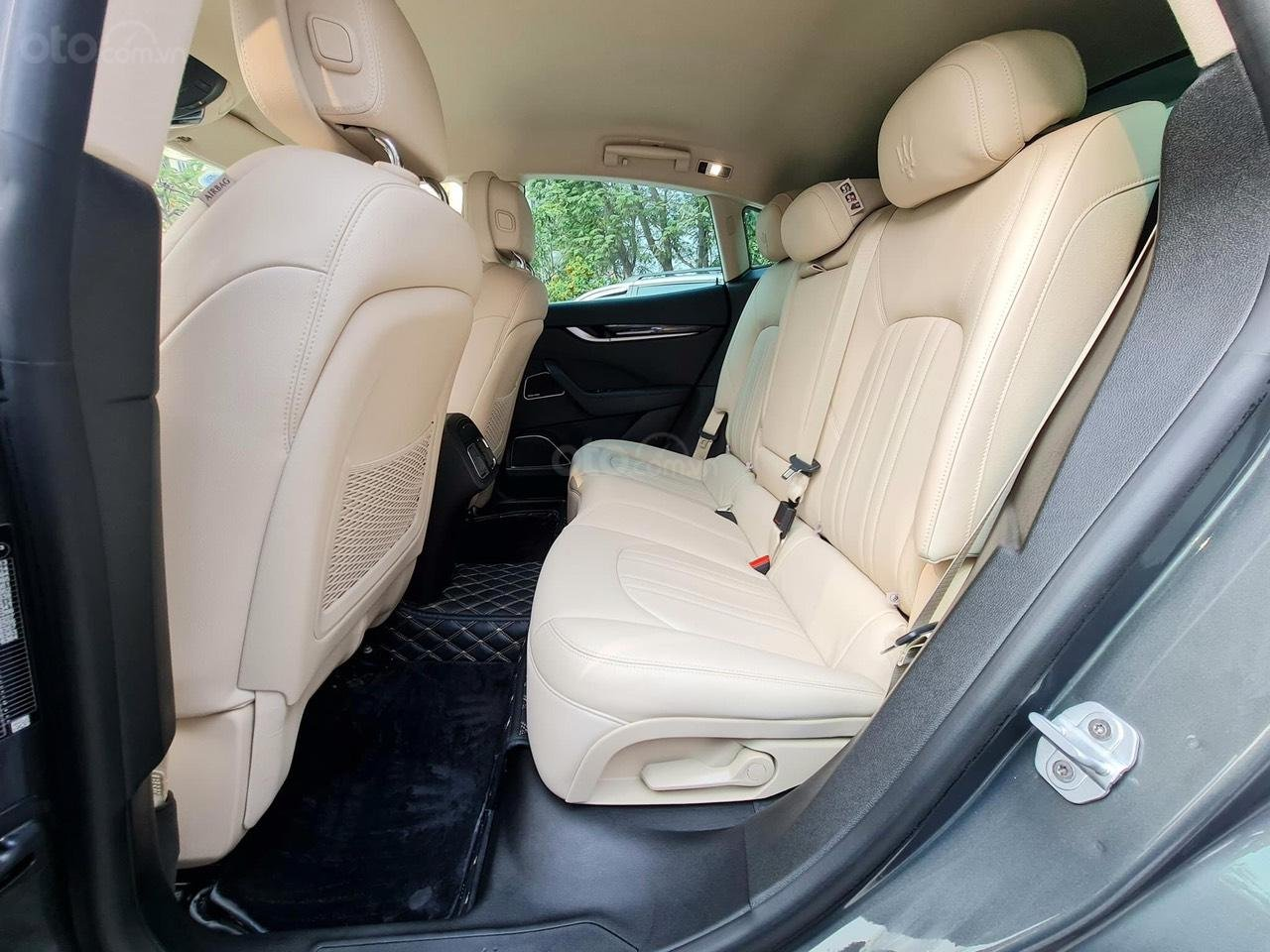 Bán xe Maserati Levante sản xuất năm 2017 (7)