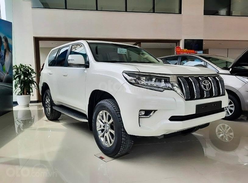 Cần bán Toyota Prado sản xuất 2021, màu trắng, xe nhập (1)