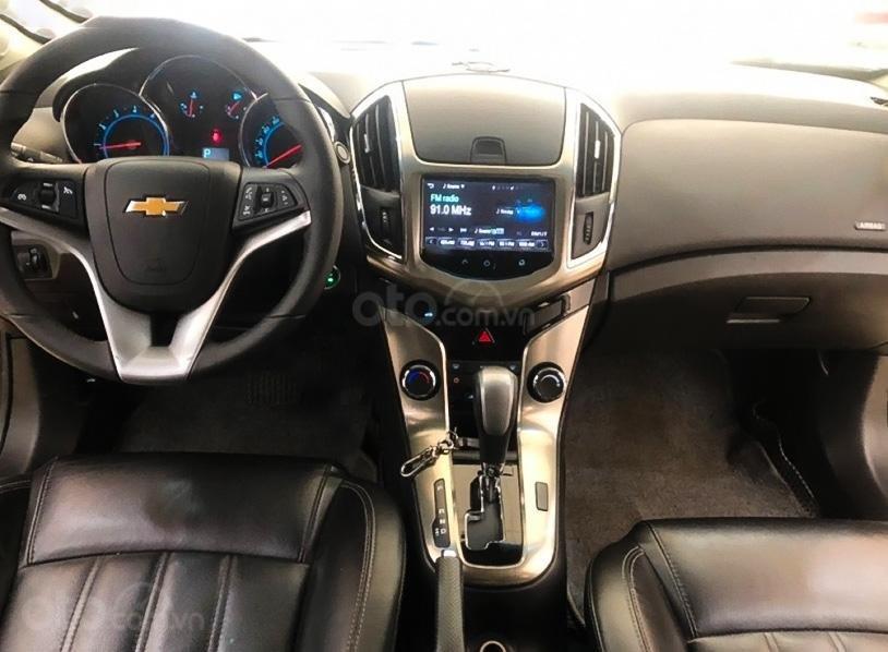 Xe Chevrolet Cruze 1.8 LTZ đời 2017, màu trắng, số tự động, 465tr (2)