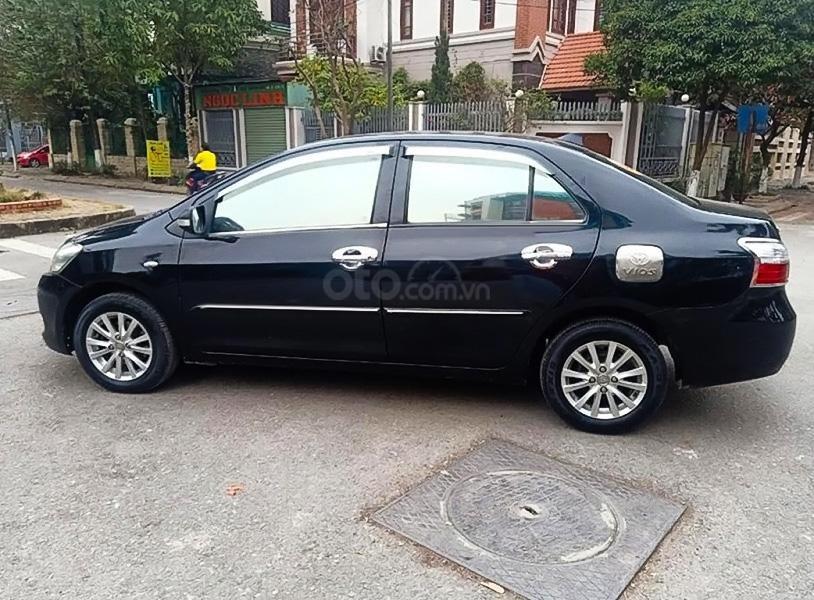 Bán Toyota Vios năm sản xuất 2010, màu đen chính chủ (1)