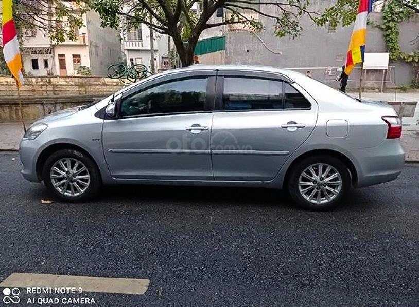 Bán Toyota Vios sx 2010, màu bạc chính chủ (1)