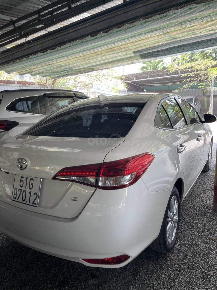 Bán xe Vios E sx 2019, màu trắng, như mới (4)