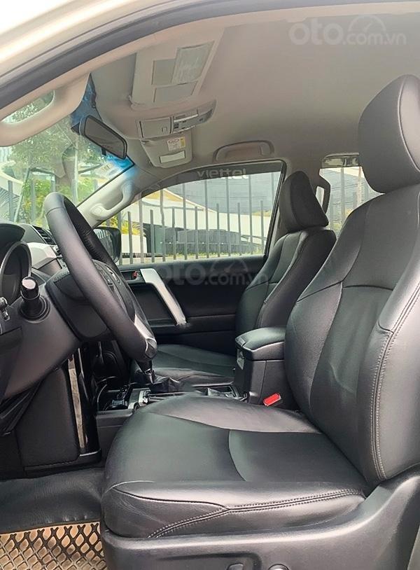 Cần bán Toyota Prado năm sản xuất 2014, màu trắng, xe nhập  (2)