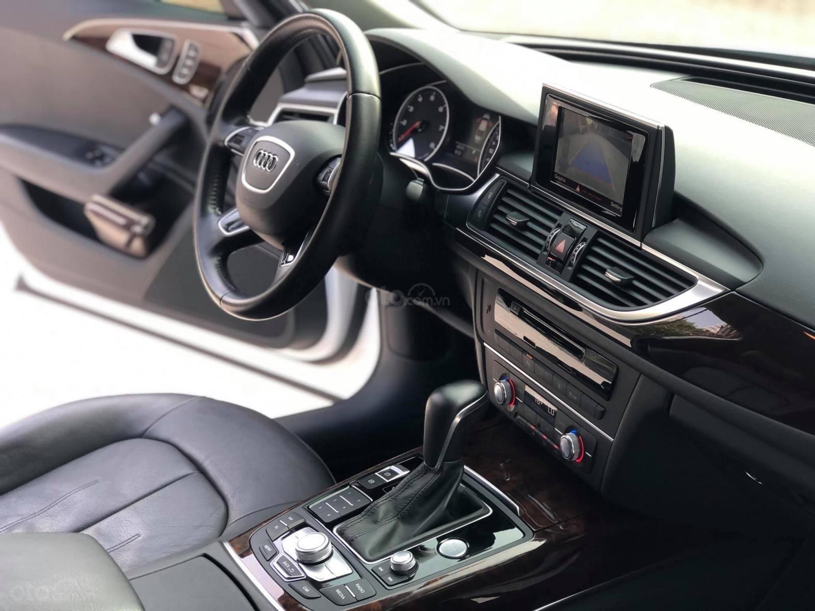 Cần bán lại xe Audi A6 sx 2016 đk 2017, màu trắng nội thất đen (8)