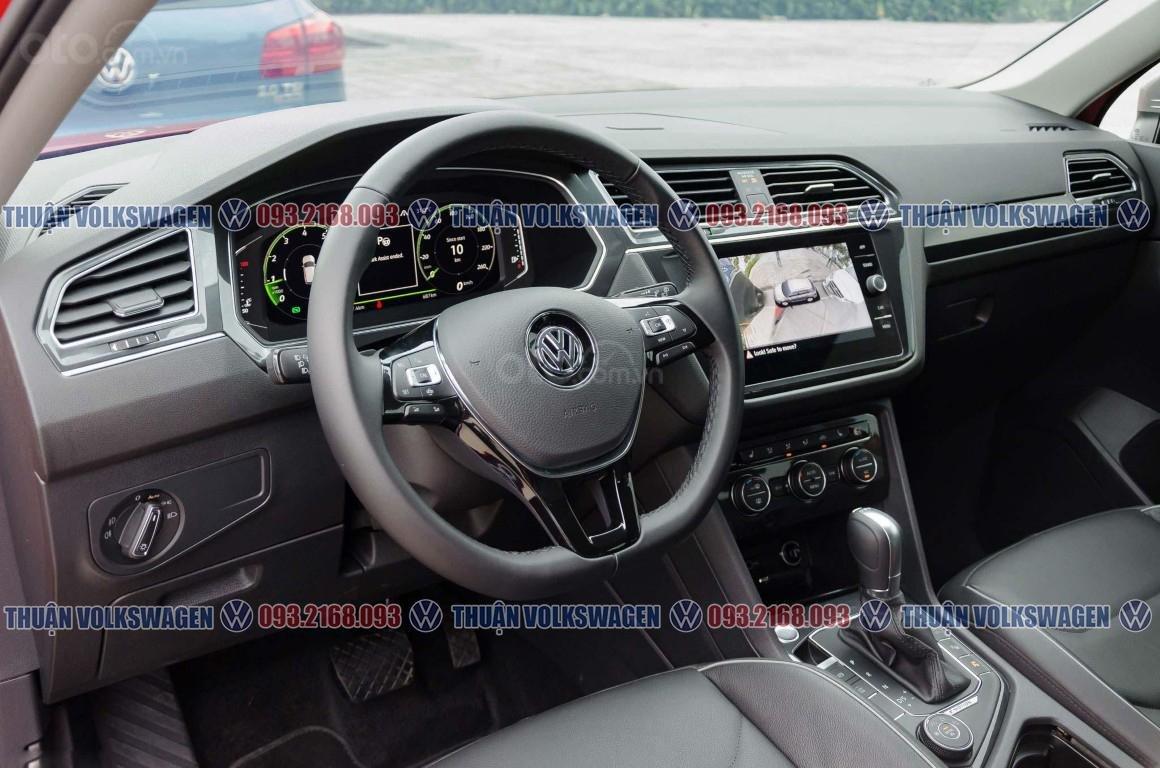 Khuyến mãi tháng 2/2021 Volkswagen Tiguan Luxury màu cam giảm cực khủng 120 triệu tiền mặt+ gói quà tặng cực hấp dẫn (11)