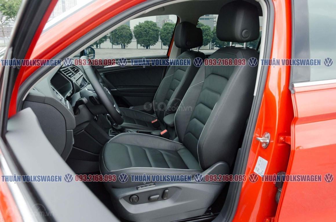 Khuyến mãi tháng 2/2021 Volkswagen Tiguan Luxury màu cam giảm cực khủng 120 triệu tiền mặt+ gói quà tặng cực hấp dẫn (13)