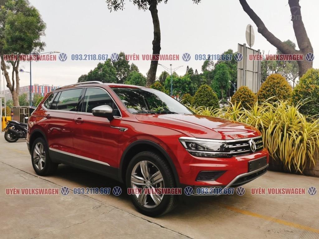 Ưu đãi lớn lên đến 100tr cho xe Tiguan Luxury S + gói phụ kiện cao cấp của hãng, liên hệ Ms. Uyên để được hỗ trợ tốt nhất (2)