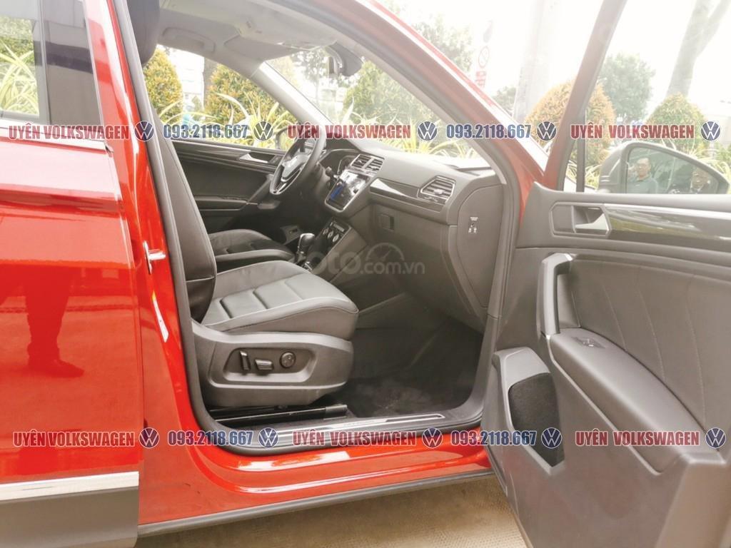 Ưu đãi lớn lên đến 100tr cho xe Tiguan Luxury S + gói phụ kiện cao cấp của hãng, liên hệ Ms. Uyên để được hỗ trợ tốt nhất (6)