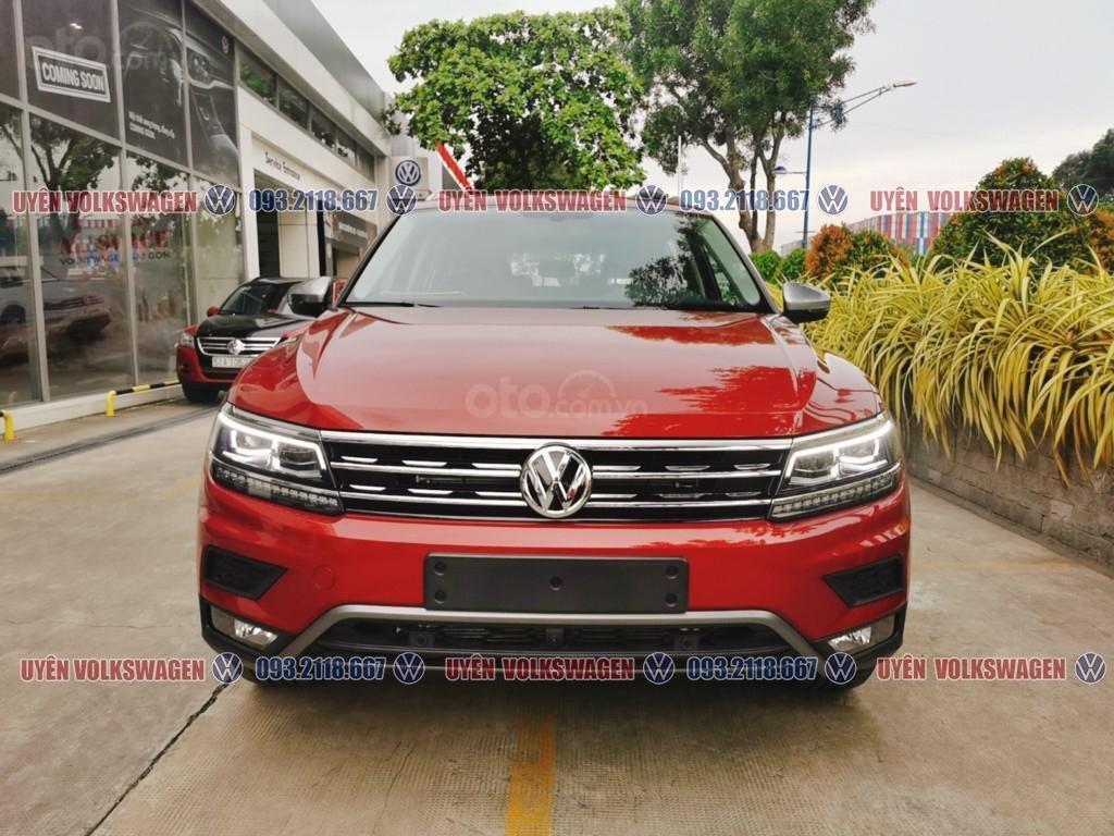 Ưu đãi lớn lên đến 100tr cho xe Tiguan Luxury S + gói phụ kiện cao cấp của hãng, liên hệ Ms. Uyên để được hỗ trợ tốt nhất (7)