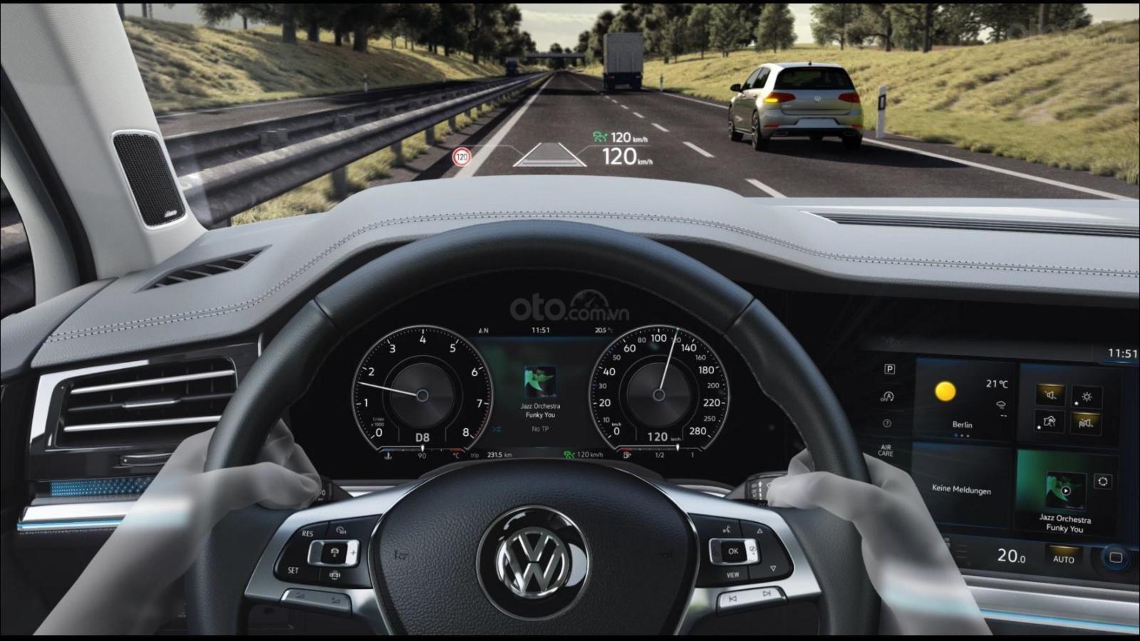 Ưu đãi xe Volkswagen Tiguan Elegance 2021 vừa ra mắt. Tặng IP 12 + Gói phụ kiện chính hãng cao cấp (3)
