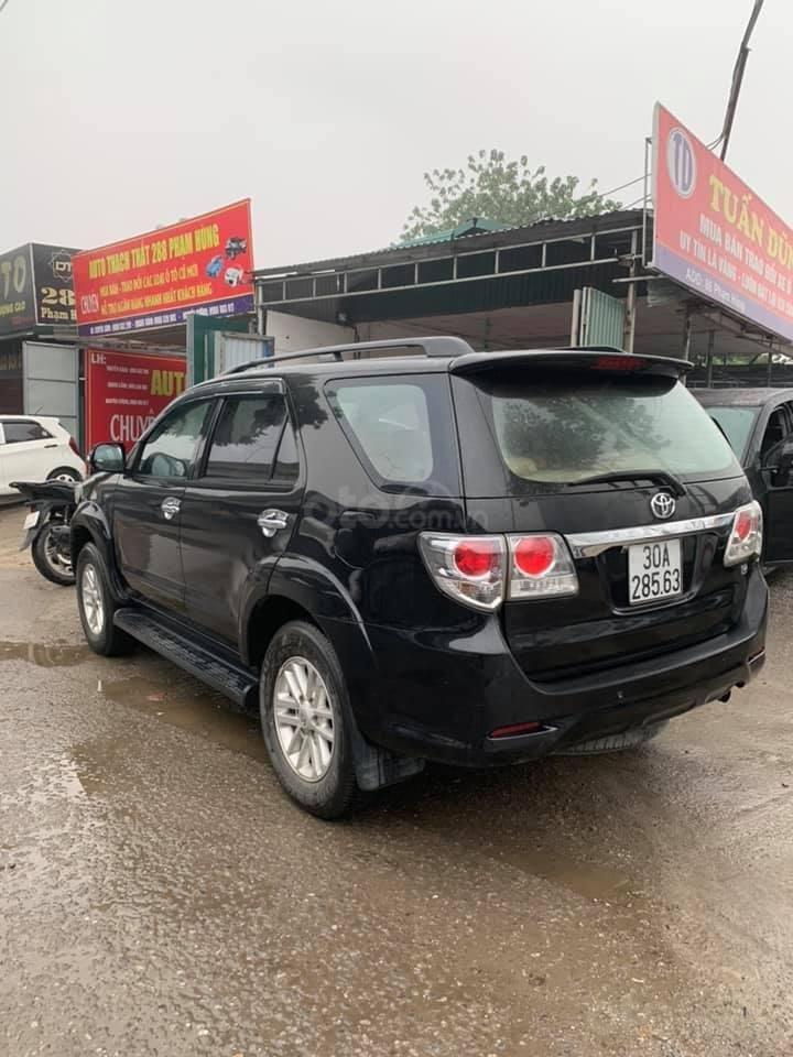 Cần bán xe Toyota Fortuner G 2.5 2014, màu đen, biển thủ đô (3)