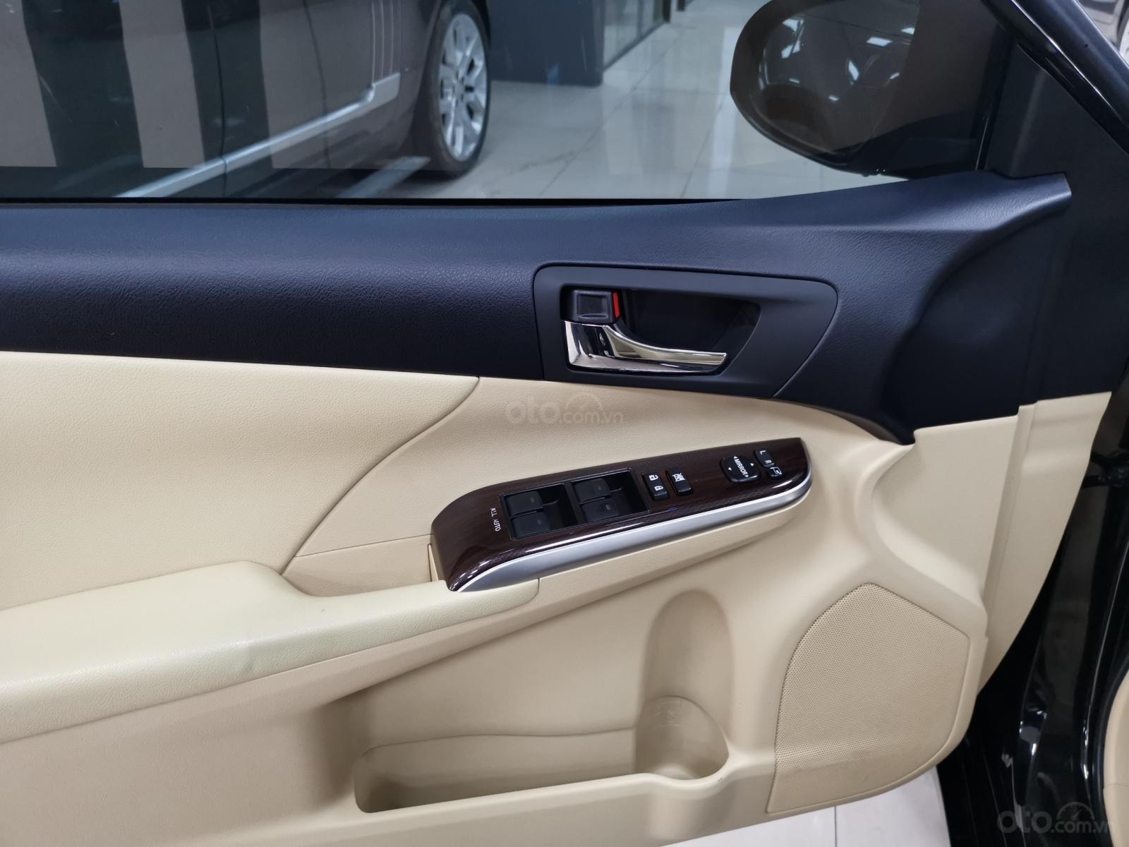Bán nhanh chiếc Toyota Camry 2.0E 2019 (14)
