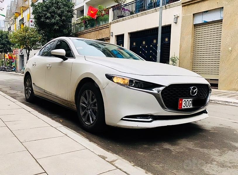 Cần bán Mazda 3 năm 2020, màu trắng (1)