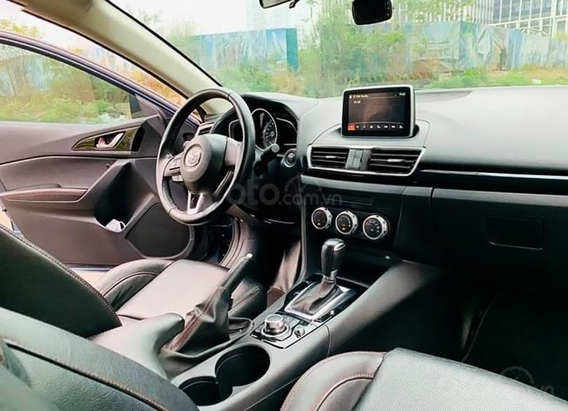 Cần bán xe Mazda 3 sản xuất 2017, màu xanh lam (5)