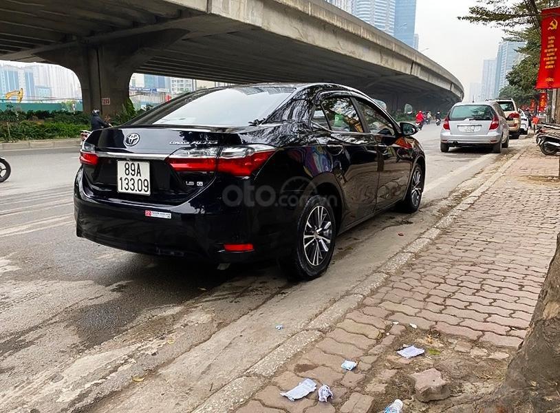 Xe Toyota Corolla Altis sản xuất năm 2018, màu đen, 660tr (2)