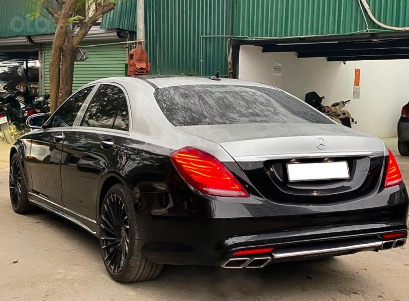 Cần bán xe Mercedes năm sản xuất 2014, màu đen còn mới (5)