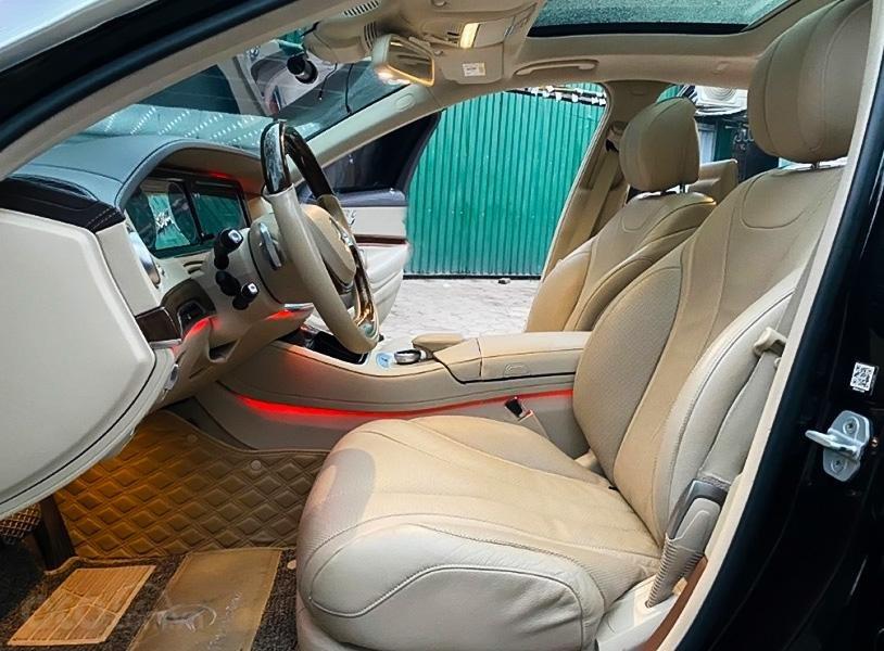 Cần bán xe Mercedes năm sản xuất 2014, màu đen còn mới (2)