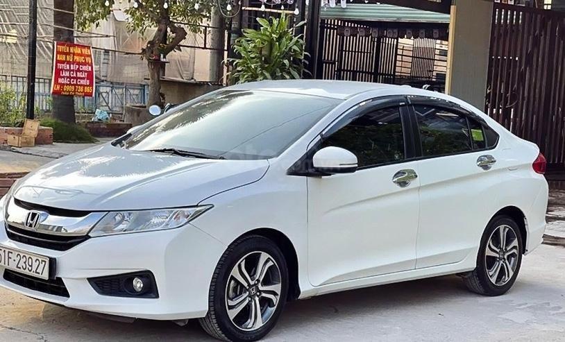 Cần bán xe Honda City đời 2015, màu trắng chính chủ, giá tốt (1)
