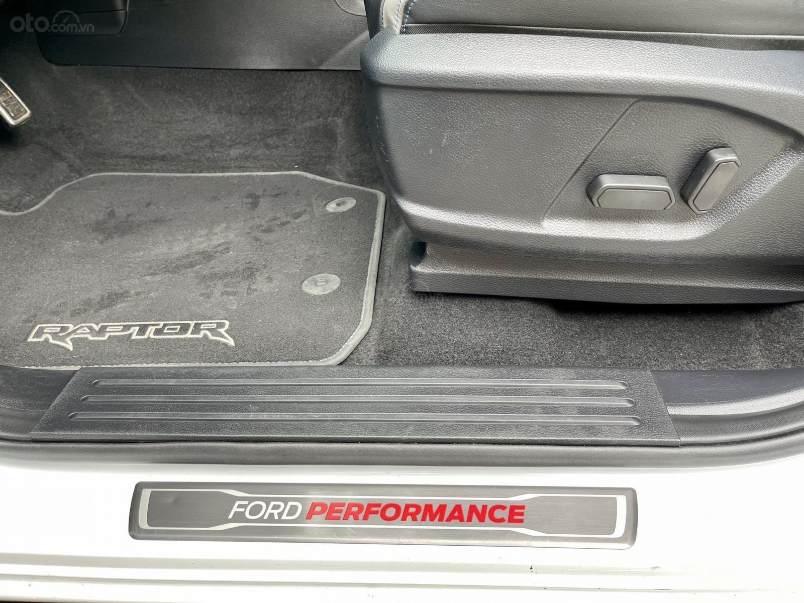 Cần bán lại xe Ford Ranger Raptor năm sx 2018, 1 chủ từ đầu (10)